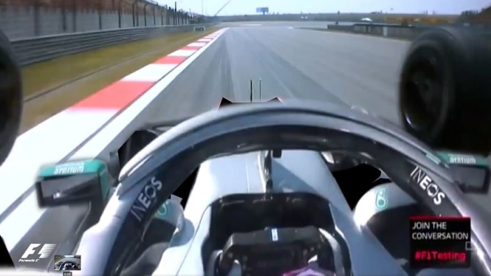 HAHA! Mercedes' Dual Axis Steering pakt fout uit!