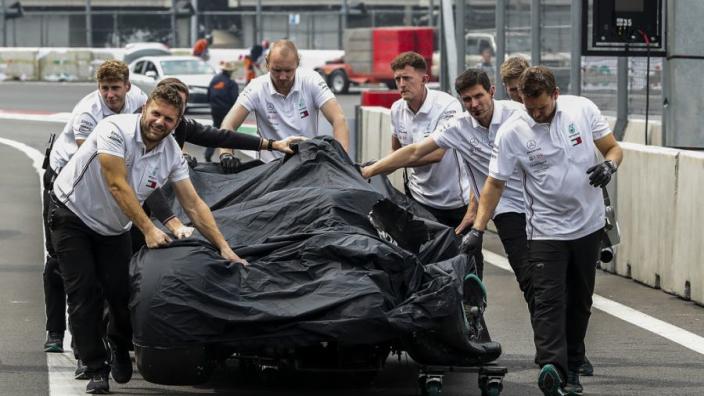 """Mercedes vreest gridstraf Bottas: """"Wordt nog steeds gewerkt aan de auto"""""""