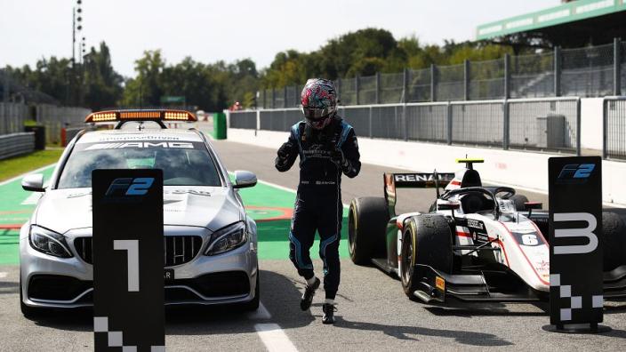 Mercedes 'wint' met Medical Car Formule 2-race op Monza
