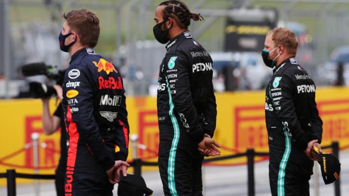 """Internationale media over Verstappen: """"Red Bull heeft de snelheid niet"""""""