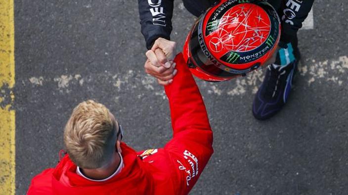 """Schumacher over Hamilton en zijn vader: """"Groots succes is zoals een ijsberg"""""""