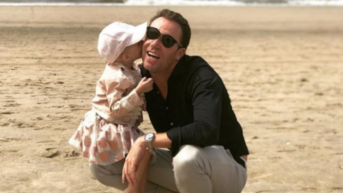 Prachtig nieuws: dochtertje Robert Doornbos genezen verklaard