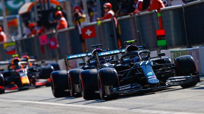 Villeneuve: 'Zolang dat zo blijft is het bijna onmogelijk om bij Mercedes in de buurt te komen'
