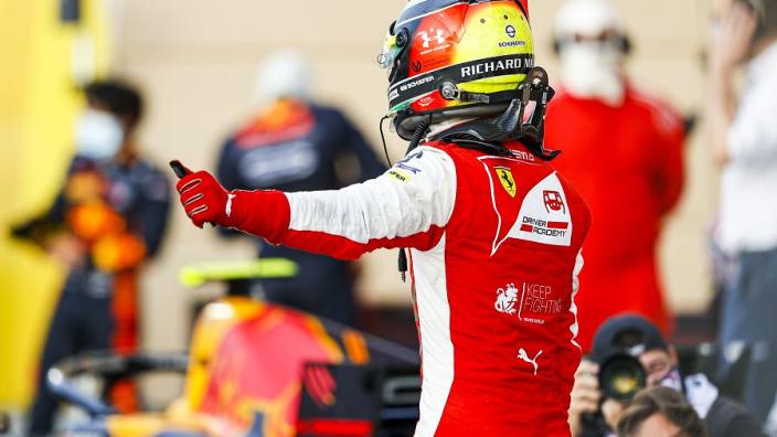 Schumacher survives Sakhir showdown to take F2 title