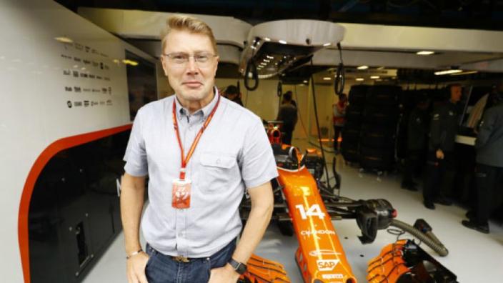 """Mika Häkinnen: """"De strijd tussen Mercedes en Ferrari wordt heftiger dan ooit"""""""