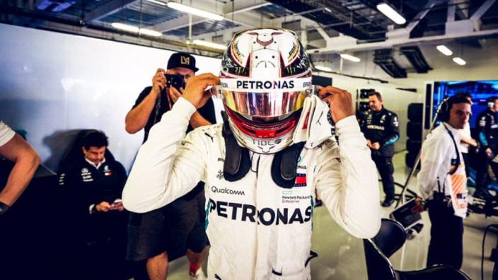 Hamilton apologises to fans, blames FIA for boring FP3