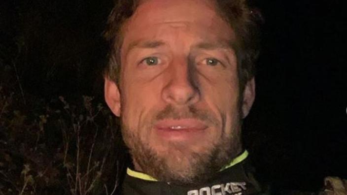 Button zeventien uur gestrand in woestijn na debuutrace Baja 1000