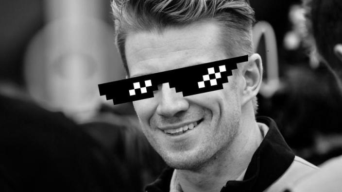 Nico Hülkenberg: 'Giovinazzi zat nog met zijn hoofd bij de meiden van gisteravond'