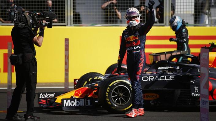 Zo reageert de wereld op Britse pole Verstappen en eerste Formule 1-sprintrace ooit