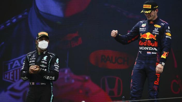 Coulthard: 'Verstappen en Red Bull hebben carrière Hamilton verlengd'
