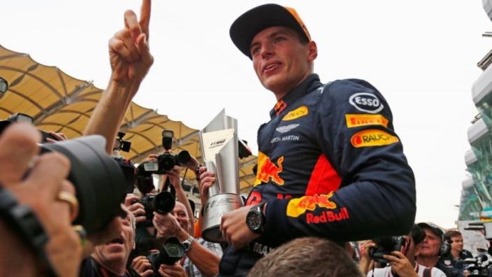 Jacques Villeneuve: 'Verstappen lijkt klaar voor de titel'