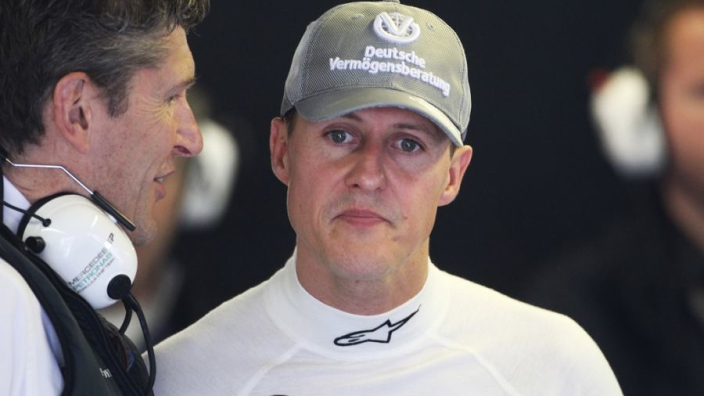 """Voormalig Mercedes-teambaas: """"Men wil weten hoe het met Schumacher gaat"""""""