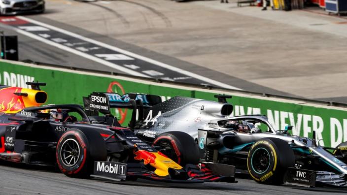 """Hamilton vreest Verstappen: """"Red Bull gaat ontwikkelingsslag slaan"""""""