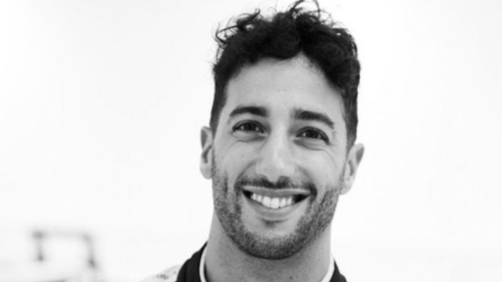 Renault share first look at Ricciardo in uniform