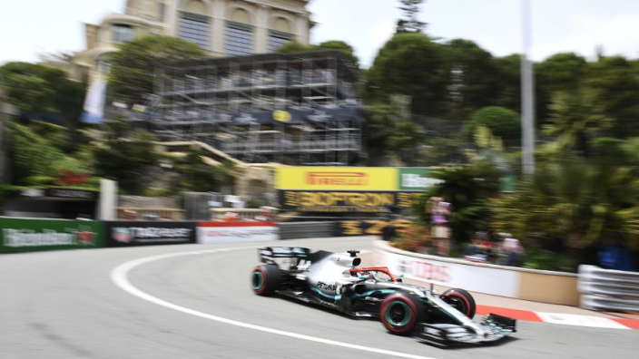 Hamilton races in Monaco with Lauda helmet design