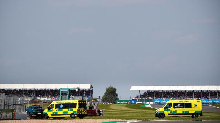 Saward schaart zich achter Hamilton: 'FIA ziet Verstappen ook als mede-schuldige'
