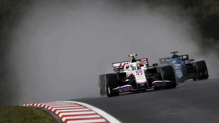 Alonso apologises for Schumacher collision
