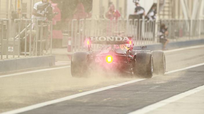 LIVE: De vrijdag in Bahrein: Verstappen bovenaan de tijdenlijst, Mercedes ver weg - GPfans