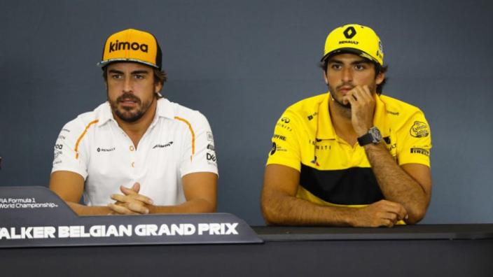 Carlos Sainz: 'Wil Alonso deze winter vaak ontmoeten'