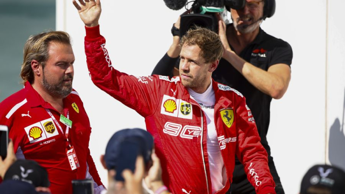 Vettel over regels F1: 'Gewoon de fik in die papieren!'
