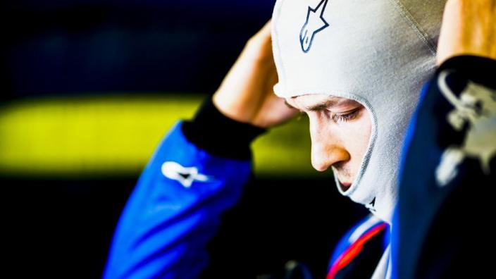 Kvyat niet onder indruk van Albon: '36 ronden achter me in betere auto'