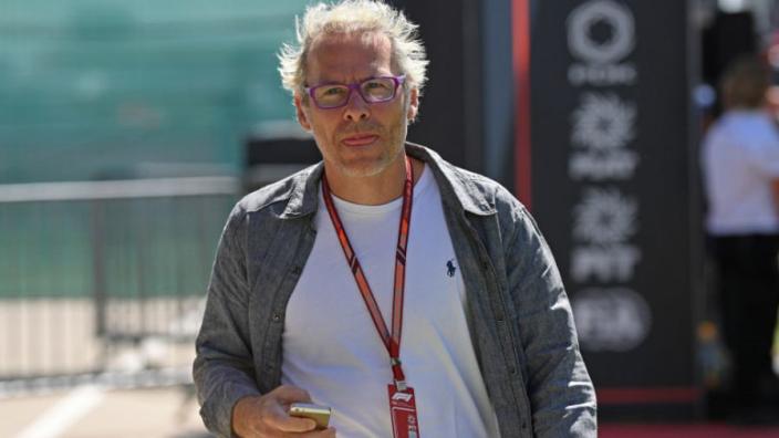 """Villeneuve: """"Leclerc is een groot risico voor Ferrari"""""""