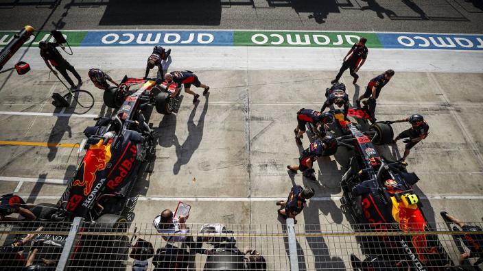 'Als Albon de laatste races kan pieken, dan rijdt hij volgend jaar bij Red Bull'