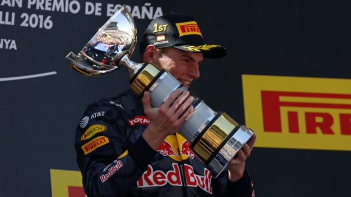Terugblik: De allereerste zege van Max Verstappen in de Formule 1