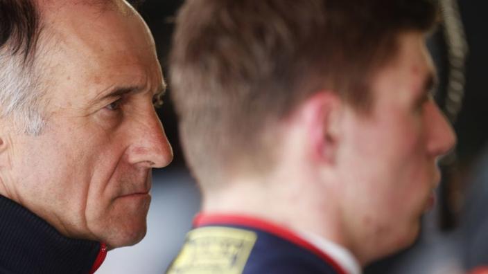 """Franz Tost: """"Coureurs als Verstappen en Vettel groeien niet aan een boom"""""""