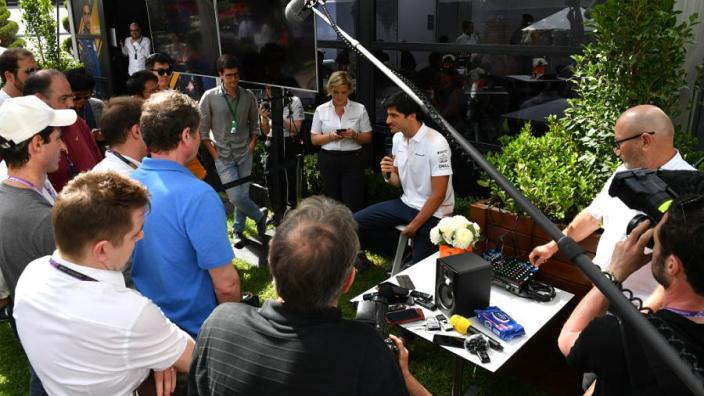 Zo reageert de wereld op bizarre situatie omtrent Grand Prix Australië