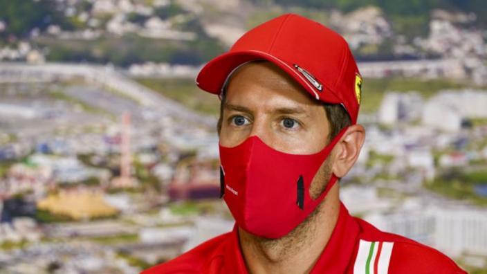 Vettel gefrustreerd: 'Was duidelijk dat ik de Renaults moest ophouden voor Leclerc'