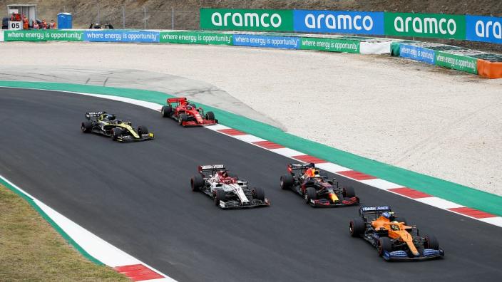 """""""What's going on?"""" - Verstappen stunned by Raikkonen battle"""