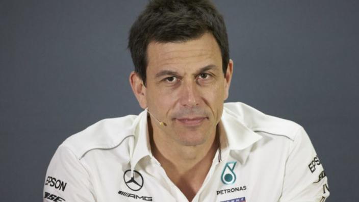 """Wolff spreekt van zwaar seizoen: """"Op het einde stond Red Bull er opeens"""""""