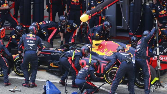 Red Bull levert snelste pitstop af en verslaat Mercedes wel in Portimão