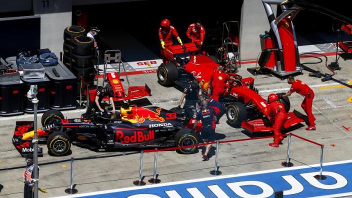 """Ferrari over eigen prestaties: """"Niet de derde snelste auto van het veld"""""""