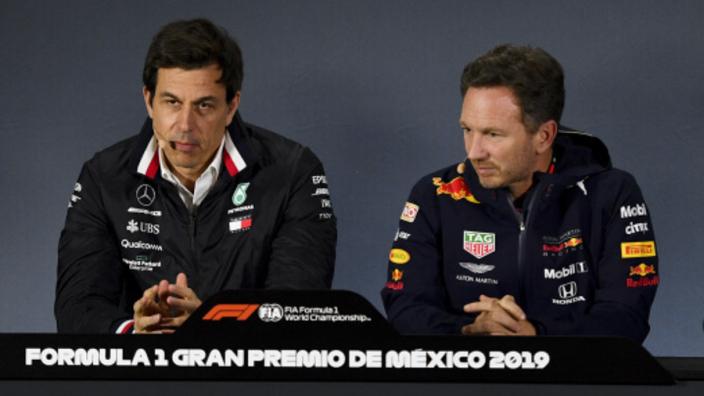 Mercedes houdt voet bij stuk: reversed grid-sprintraces gaan niet door