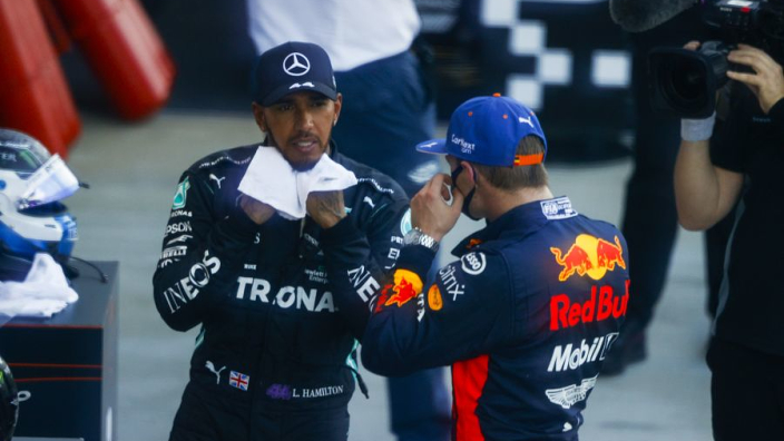 Internationale media lovend over optreden Verstappen in Rusland