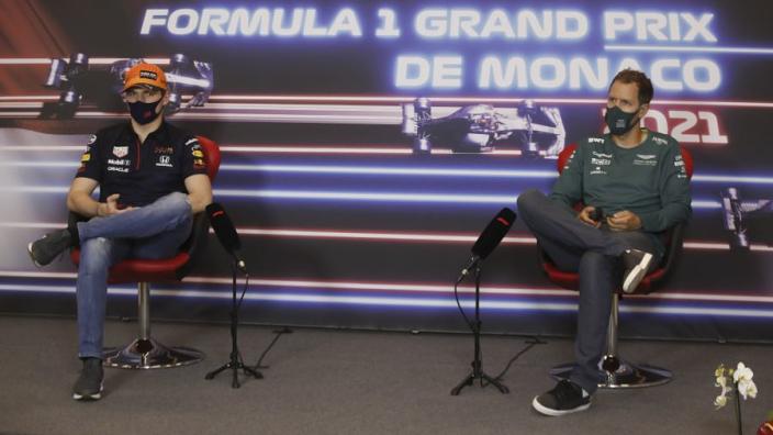 """Vettel over baanlimieten Monaco: """"Dat kan je beter aan Verstappen vragen"""""""
