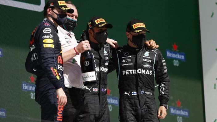 """Bottas kon Verstappen niet terugpakken in strijd om P2: """"Had een probleem"""""""