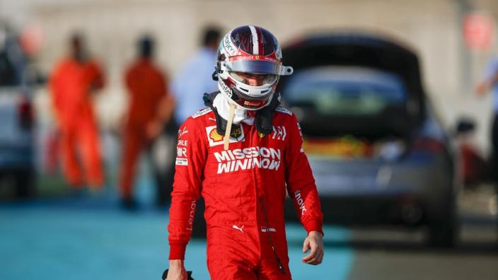 Tweede testdag Pirelli: Russell het snelst, Leclerc crasht