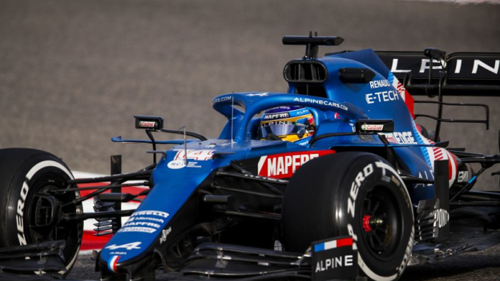 """Alpine pace """"difficult"""" to decipher - Alonso"""