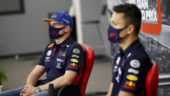 "Albon: ""Verstappen reed met iets minder downforce in kwalificatie"""