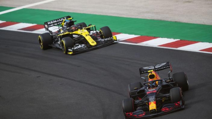 Renault baalt van 'Red Bull-rake': 'Die trend is achterhaald, maar zitten vast'