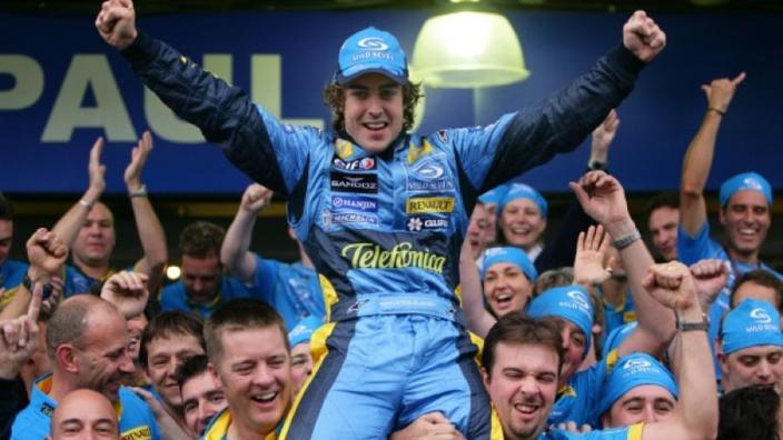 """Alonso vooral trots op lokale erkenning: """"Mooier dan het wereldkampioenschap"""""""