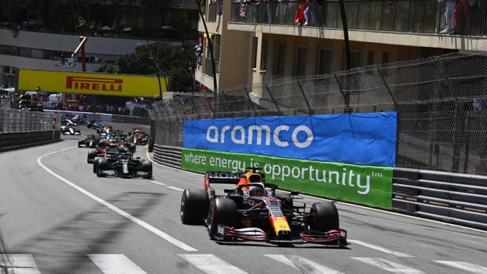 Grand Prix Monaco: Verstappen wint en pakt leiding in kampioenschap