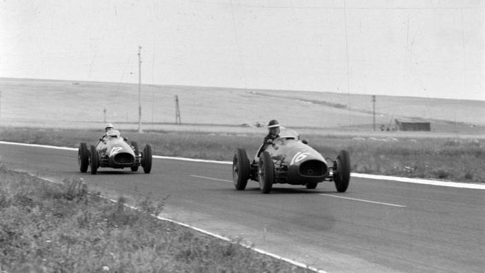 VIDÉO : France 1953, Hawthorn remporte la course du siècle