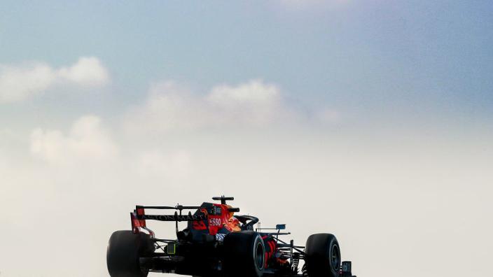 'Red Bull Racing stuurt Verstappen en Perez 24 februari de baan op'
