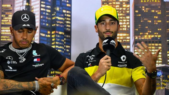 """Ricciardo: """"Ben het Renault wel verschuldigd om podium te halen"""""""