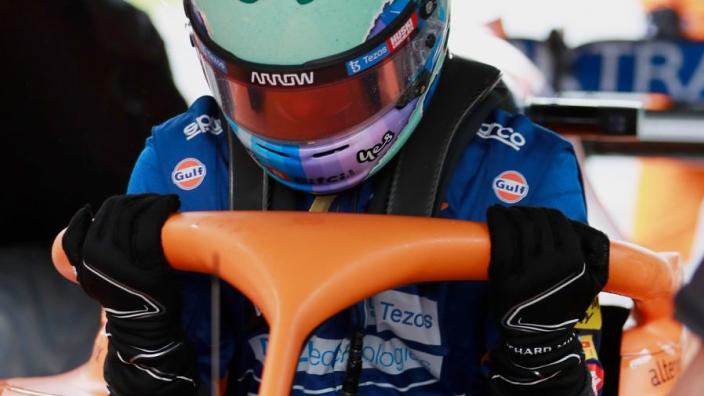 Ricciardo gives 'Grosjean gloves' the thumbs up
