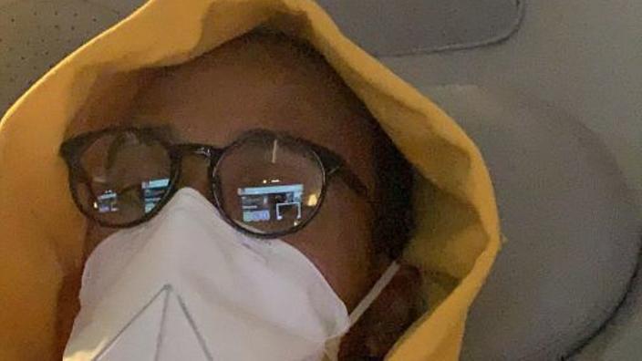 Hamilton urges fans to take coronavirus seriously